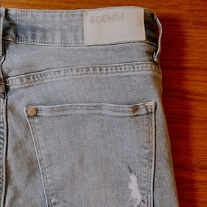 NEW! Never used distress light blue jeans
